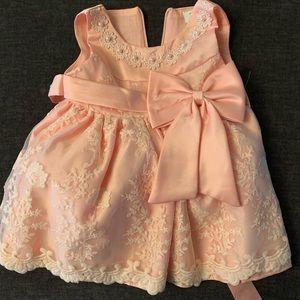 Beautiful fancy princess dress. 0-3 months.
